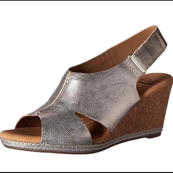 6cc1a47f16b0fb Clark s women s Helio float wedge sandal